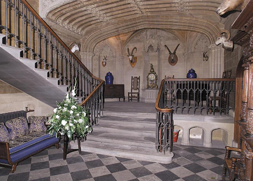 Int Dunsvbpic6 Duns Castle Locations Film Edinburgh